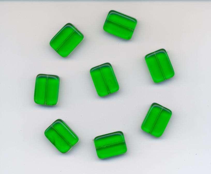 Korálky mačkané tvar cihly velikost 20x15x7 mm barva 5011 zelená 4ks.- Prodej české skleněné mačkané korálky sklářská surovina firma Preciosa vhodné pro korálkování Firma Petr Machačka - výroba skleněné korálky