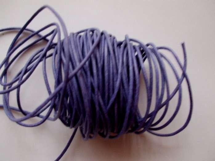 Voskovaná šnůra síla 1mm barva světle fialová délka 1m.