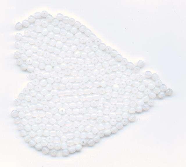 Skleněné korálky 4mm alabastr Firma Petr Machačka - výroba skleněné korálky