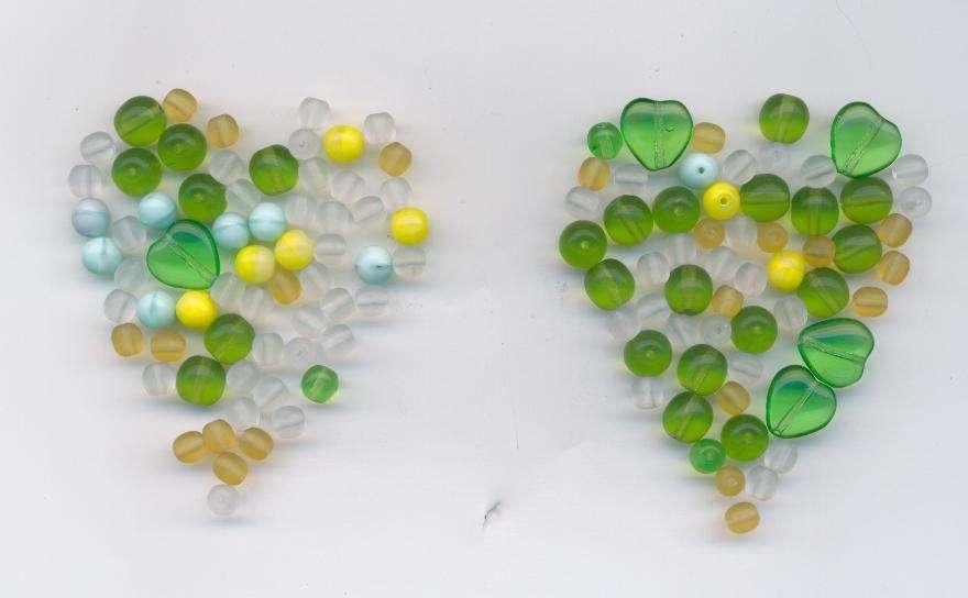 Skleněné korálky mix srdce 11x11mm+6mm matový Firma Petr Machačka - výroba skleněné korálky
