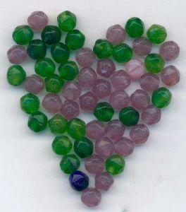 Korálky anglické ametyst, olivín a emerald 6mm 100gr.