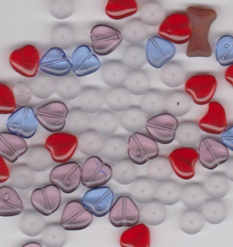 Korálky tvar srdce Firma Petr Machačka - výroba skleněné korálky