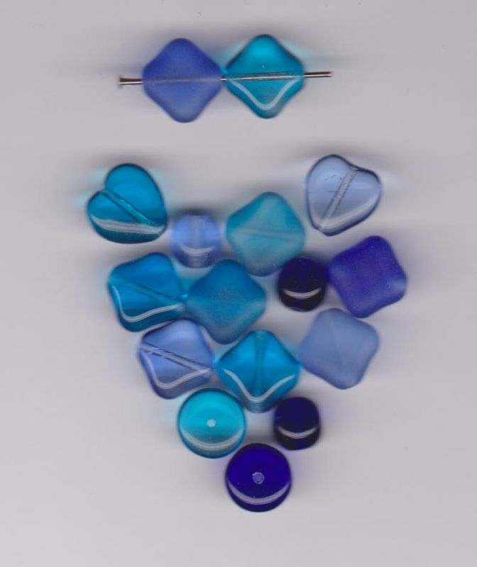 Korálky originální mix aqua + safír kostičky 9x9mm II+II.jakost dle foto 1KG Firma Petr Machačka - výroba skleněné korálky