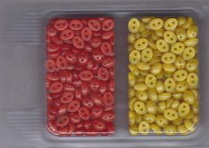 Korálky mugle dvoudírové 6x8mm červená/žlutá 60gr. Firma Petr Machačka - výroba skleněné korálky