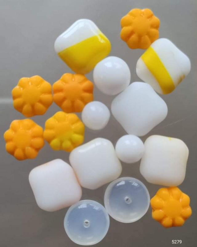 Korálky originální mix alabastr/žlutá I+II. jakost 100gr. Firma Petr Machačka - výroba skleněné korálky