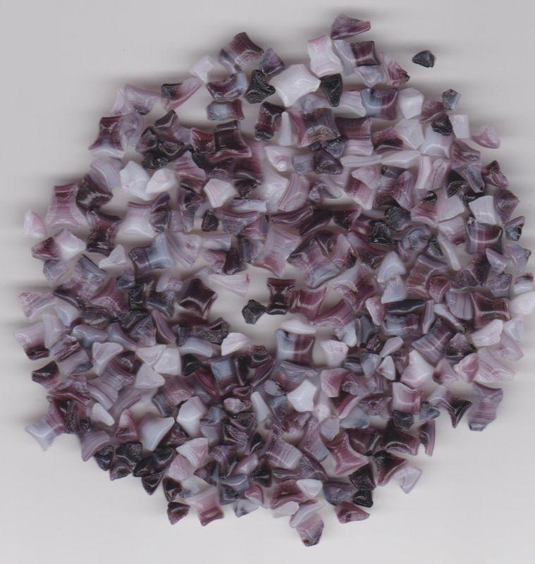 Skleněná drť bílá s černou 1kg Firma Petr Machačka - výroba skleněné korálky