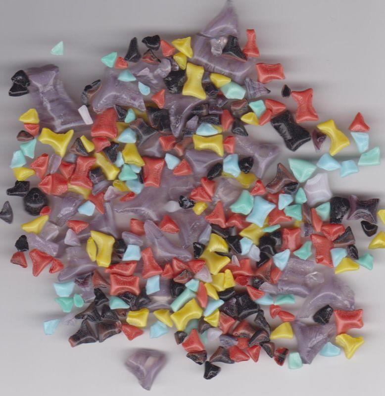 Skleněná drť od výrobce. Skleněná drť syté barvy mix dle obrázku 1KG Firma Petr Machačka - výroba skleněné korálky